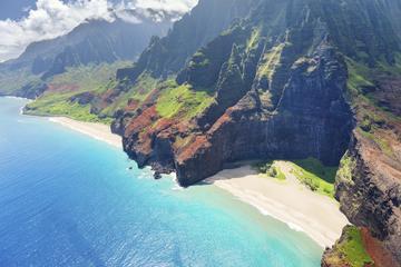 カウアイ島南岸をシーカヤックで冒険