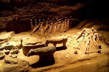 Xi'an Han Jingdi Tomb Discovery Private Tour with Hot Springs Spa Experience