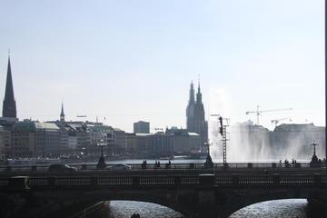 Hamburger Altstadt-Spaziergang durch die Stadt am Nachmittag