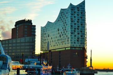 Private guided tour: Elbphilharmonie: From chaos to emblem