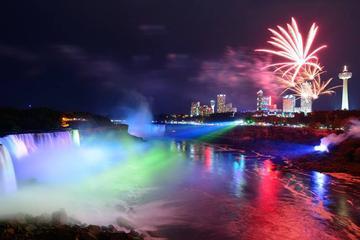 Excursion d'une journée et d'une soirée aux chutes du Niagara avec...