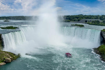 Guided Day Trip Niagara Falls Canadian Side from Toronto