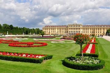 Schloss Schönbrunn am Abend...