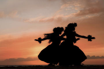 Maui, solnedgangssejltur med middag...