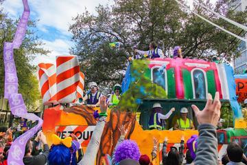 Exclusivo de Viator: Stand de observación el día de Mardi Gras