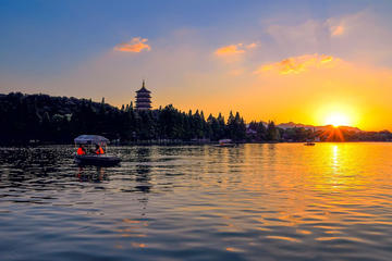 Hangzhou Private One-day Walking Tour