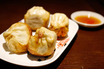 3-Hour Authentic Local Food Tour In Central Shanghai