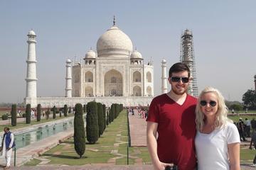 Taj Mahal & Agra fort with old market walk-Day Tour