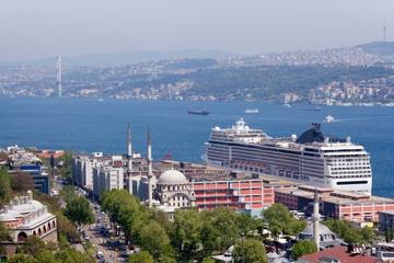 Hafen von Istanbul, Transfer bei der Abreise: Zentrum von Istanbul...