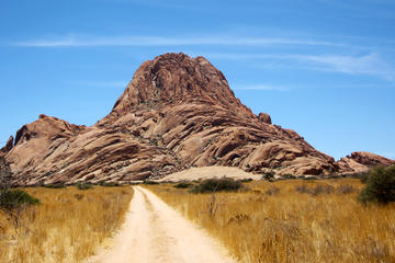 Spitzkoppe Guided Tour from ...