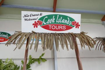 Seat in Coach Transfer from Rarotonga Airport to Hotel