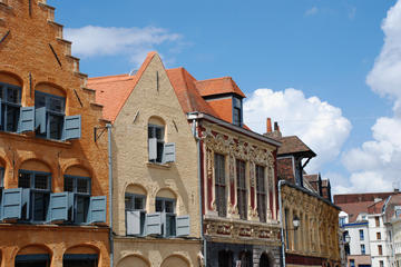 Lille - Small Group Guided Walking Tour in French