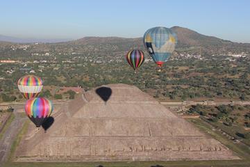 Paseo en globo aerostático en Teotihuacán