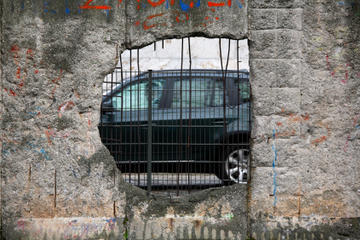 Wandeltocht van een halve dag met informatie over Oost-Berlijn en de ...