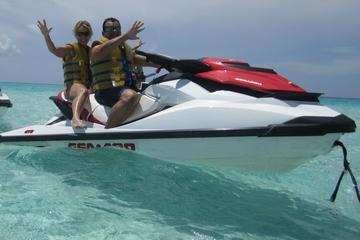 Promenade en jet ski à Grand Cayman...