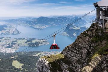 Experiencia en el monte Pilatus con trayecto en telecabina