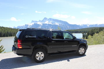 Private SUV Transfer: Banff Hotels to Calgary International Airport