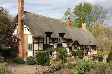 Full-Day Small-Group Shakespeare Country and Warwick Tour from Oxford