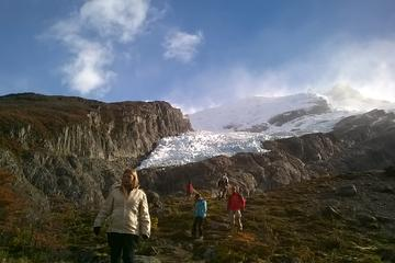 Sail, Hike and Explore El Chaltén Small Group Full Day Tour