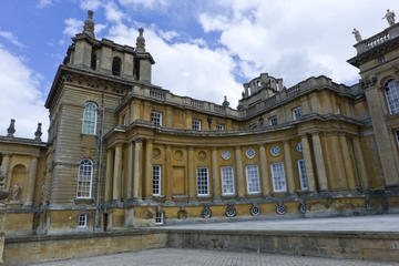 Downton Abbey Village, Blenheim Palace...