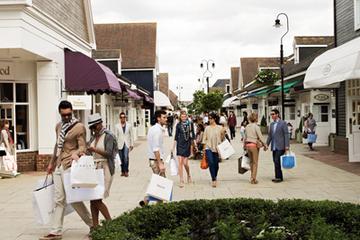 Eigenständige Einkaufstour zum Luxus-Outlet-Center Bicester Village...