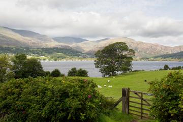 Excursion de deux jours en train dans la région des lacs au départ de...