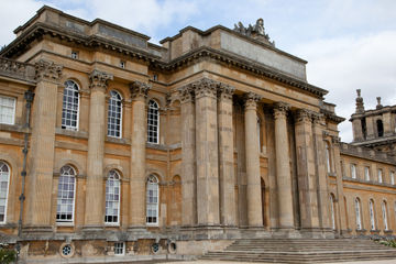 Tur til Blenheim Palace og Cotswolds...