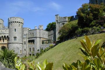 Viagem diurna saindo de Londres com destino ao Castelo de Windsor...
