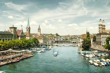 Tour di Zurigo con crociera sul lago e visita al negozio della