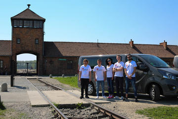 Auschwitz-Birkenau Museum Full-Day Tour from Krakow