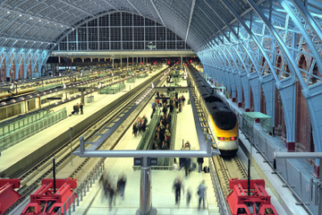 Trasferimento privato all'arrivo su Eurostar da London St Pancras