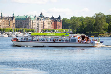 Hop-on-Hop-off-Tour mit dem Boot durch Stockholm