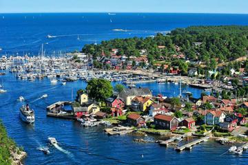 Kanaltour nach Sandhamn ab Stockholm