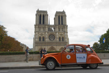Private Tour: 2CV Paris City...