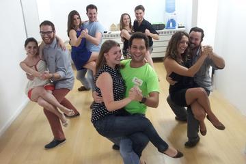 Rio Samba Experience: Dance Class and Night Out at the Rio Scenarium Samba Club