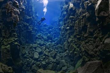 Diving Silfra & The Golden Circle