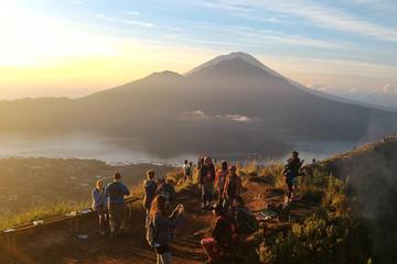 Sunrise Bali Trekking Guide At Mount Batur