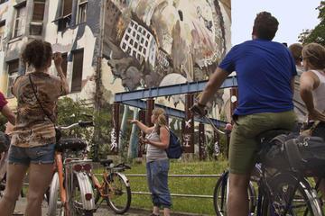 Excursión en bicicleta por el Berlín moderno incluyendo Kreuzberg y...
