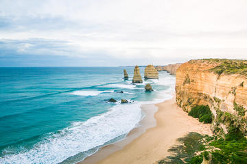12 Apostles Sunrise Hiking Day Tour from Melbourne