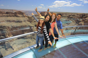Excursão diurna de Las Vegas para o Grand Canyon West Rim e a represa...