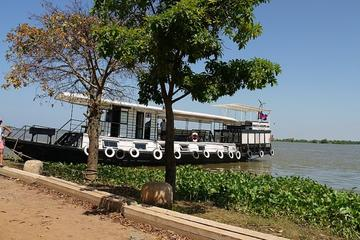 River Cruise from Oudong To Phnom Penh