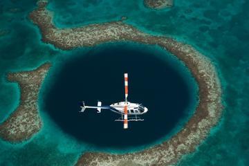 Tour de helicóptero em Blue Hole e...