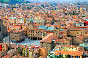 2.5-hour Bologna City and University...