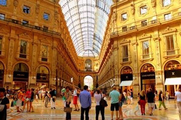 Milan Personal Shopper Experience in Galleria Vittorio Emanuele II