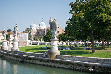 Padua private tour with Church of the Hermits and Baptistery of the Dome