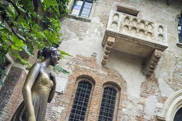 Private Romeo and Juliet Tour of Verona
