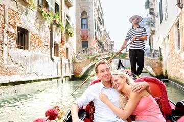 Venice: 30 Minute Private Gondola Ride