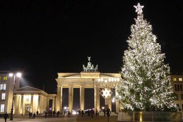 Berlin Christmas Lights Sightseeing Tour With Mulled Wine and Gingerbread