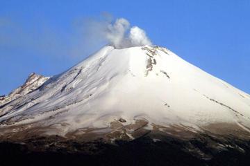 Hike to Popocatepetl Volcano from Mexico City