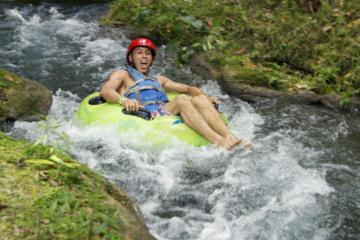 Safari en bouée dans la rivière de la jungle